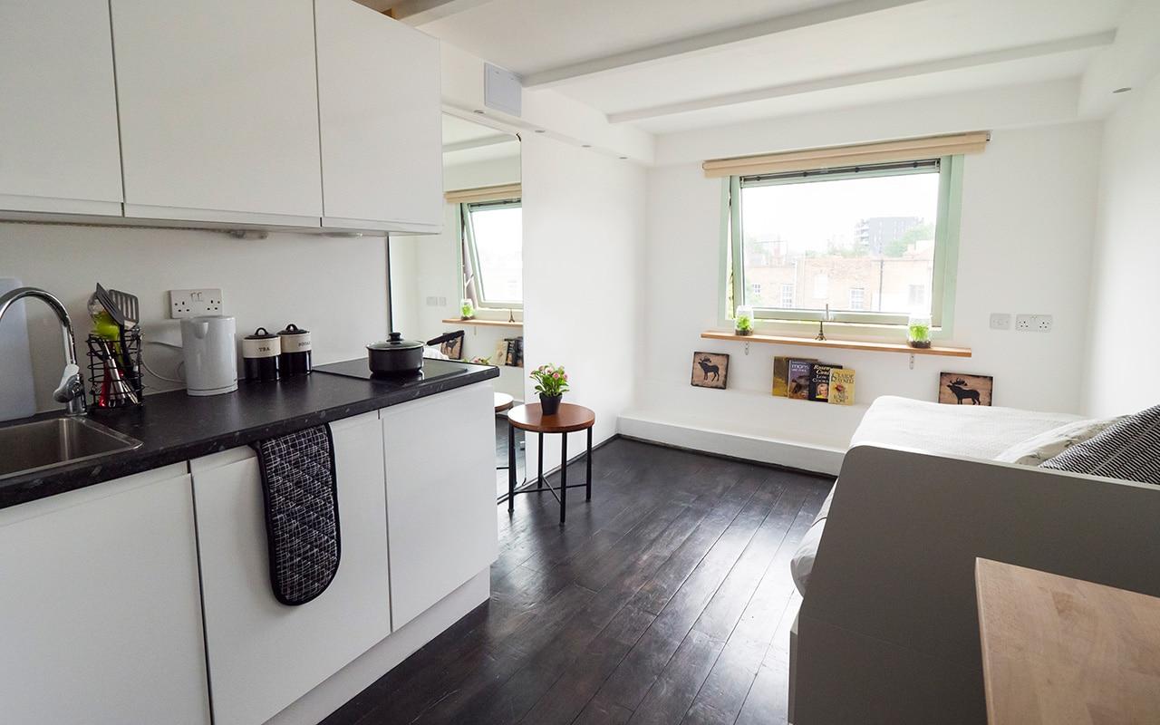 Club Premium Single Studio - The Stay Club Camden - London Student Accommodation